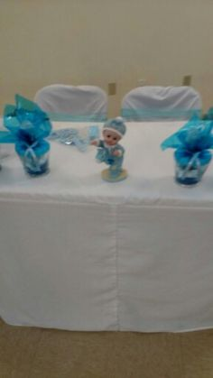 Baby shower sweetheart table