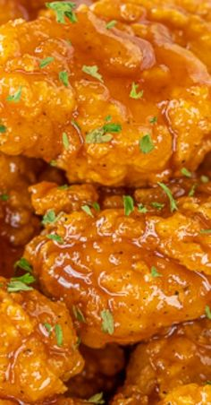 Sweet & Spicy Boneless Wings – great for parties or a quick lunch/dinner. Use frozen chicken bites and this comes… Finger Food Appetizers, Yummy Appetizers, Appetizer Recipes, Finger Foods, Turkey Recipes, Chicken Recipes, Boneless Chicken Wings, Sweet N Spicy, Cooking Recipes