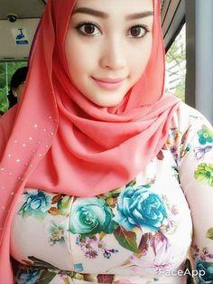 Beautiful Hijab Girl, Beautiful Muslim Women, Arab Girls Hijab, Girl Hijab, Hijab Trends, Muslim Women Fashion, Muslim Beauty, Hijab Fashionista, Arab Women