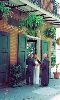 Pirates Alley Wedding, French Quarter New Orleans