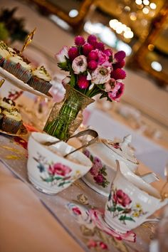 Time for tea Vintage Crockery for Hire.