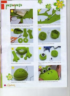Result image for bathrooms frogs Primitive Christmas, Christmas Toys, Handmade Christmas, Sewing Stuffed Animals, Stuffed Animal Patterns, Sock Toys, Felt Toys, Animal Hand Puppets, Felt Puppets