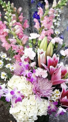 Flowers By Mail | Wholesale Flowers