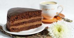 Το κέικ Πράγας είναι χωρίς αμφιβολία από τα ωραιότερα γλυκά. Η συνταγή ωστόσο δεν έχει να κάνει με την πρωτεύουσα.. Candy Recipes, Sweet Recipes, Party Desserts, Cake Cookies, I Foods, Vanilla Cake, Sweet Tooth, Deserts, Brunch
