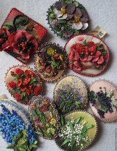 """Купить """"Цветы"""" - комбинированный, Вышивка бисером, миниатюра, акриловая роспись, работа на заказ"""