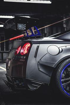 The Italian Luxury Universe. Nissan Gtr R35, Nissan Skyline R35, Skyline Gtr, Liberty Walk, Japanese Cars, Jdm Cars, Amazing Cars, Sport Cars, Motor Car