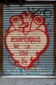 Corazón 1, calle Mayor, Madrid, by Nur Nielfa.