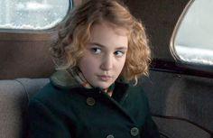 """Já vimos """"A Menina que Roubava Livros"""", um filme que promete emocionar qualquer um"""