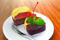 Hayooo siapa suka warna ungu🙌, warna yang melambangkan keromantisan ini ada juga di Jogja Scrummy..   Jogja Scrummy taro, langsung dari bahan ubi talas ungu lhoo..  Info lengkapnya di IG kita ya @jogjascrummy dan click jogjascrummy.com Ya..  #jogjascrummy #hits #kekinian #jogja