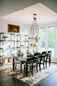 Fixer upper magnolia market magnolias and tables for Fixer upper dining room ideas