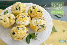 Sausage & Veggie Egg Muffins - these are delicious, freezable, re-heatable muffins that make a GREAT on-the-go breakfast! Make Ahead Meals, Kids Meals, Veggie Egg Muffins, Ground Turkey Sausage, Indonesian Cuisine, How To Cook Sausage, Free Breakfast, Brunch, Food And Drink