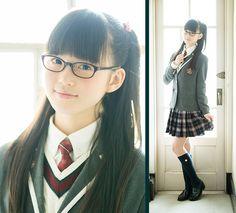 さくら学院 - 生徒紹介 - 吉田 爽葉香 Cute School Uniforms, School Uniform Girls, Girls Uniforms, Young Japanese Girls, Cute Japanese Girl, School Girl Japan, Japan Girl, Japanese Beauty, Asian Beauty