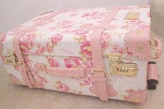 I Love This Dainty Suitcase