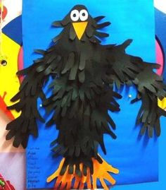 911 crafts for toddlers New Post has been published on Crafts and Worksheets for Preschool,Toddler and Kindergarten handprint crow bulletin board idea Bird Bulletin Boards, Halloween Bulletin Boards, Classroom Bulletin Boards, Classroom Door, Toddler Crafts, Preschool Crafts, Crafts For Kids, Diy Crafts, Kindergarten Crafts