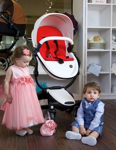 Super cute Isabella and Alek posing with our Snow White mima xari stroller in USA. Thanks, @HappyBabyBella! #mimakids