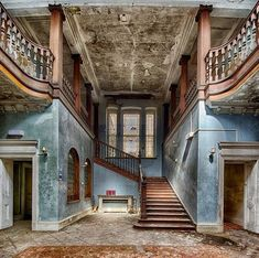 Abandoned Buildings, Old Abandoned Houses, Abandoned Castles, Old Buildings, Abandoned Places, Old Houses, Beautiful Ruins, Beautiful Homes, Beautiful Places