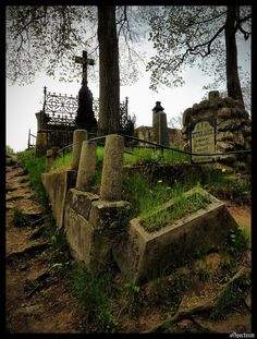 I love old cemeteries. I know it's creepy, but I think they're beautiful.