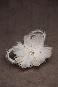 feather flower hair comb