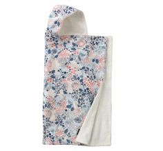 DwellStudio Meadow Powder Hooded Towel, Pink, White Dwell Studio,http://www.amazon.com/dp/B00ARCKBUA/ref=cm_sw_r_pi_dp_Hctxtb0Q7YQDYZZX