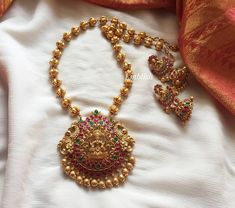 Lakshmi Necklace Set by Emblish Coimbatore ~ South India Jewels Pearl Necklace Designs, Gold Earrings Designs, Gold Jewellery Design, Gold Jewelry, Pearl Necklace Set, Diamond Jewellery, Indian Wedding Jewelry, Bridal Jewelry, Wedding Jewelry Sets