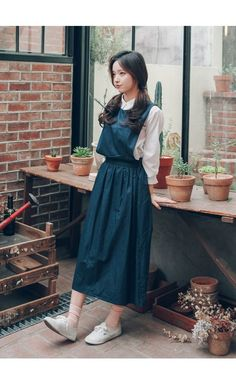 47 High Street Style Outfits To Wear Today - Fashion New Trends : fashion Affordable Street Style Looks Cute Fashion, Modest Fashion, Look Fashion, Girl Fashion, Fashion Dresses, Street Style Outfits, Street Style Looks, Mode Outfits, Korea Fashion