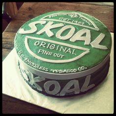 Skoal can cake.... OMG DANIELS BIRTHDAY CAKE!
