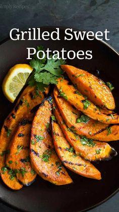 Grilled Vegetable Recipes, Grilled Vegetables, Vegetarian Recipes, Cooking Recipes, Healthy Recipes, Vegetarian Grilling, Grilled Food, Summer Vegetable Recipes, Grilled Recipes