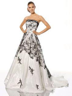 Goth wedding Keywords: #weddings #jevelweddingplanning Follow Us: www.jevelweddingplanning.com  www.facebook.com/jevelweddingplanning/