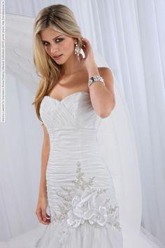 1d46d6ccaf 12 mejores imágenes de Vestidos de Novia