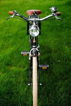 1969 Raleigh Sports | Mark Allen Garzon | Flickr Retro Bicycle, Old Bicycle, Raleigh Bicycle, Bicycle Brands, Classic Bikes, Vintage Bicycles, Cycling, Wheeling, Sports