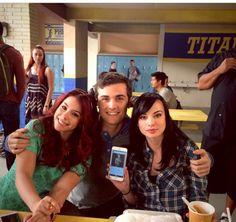 Tamara Matty and Jenna team awkward