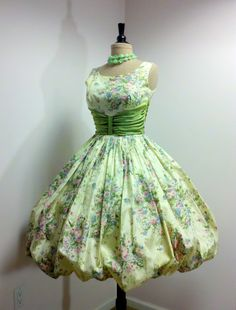 1950s Bubble Dress - Betty would be so jealous.