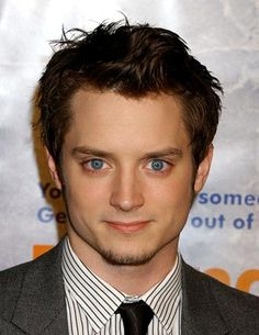 Old celeb crush that has re-surfaced (thanks to the Hobbit) and winner of the most gorgeous eyes goes to Elijah Wood! Elijah Wood, Best Movie Actors, Film Movie, Movies, Frodo Baggins, Color Me Beautiful, Gorgeous Eyes, Beautiful People, Celebs