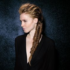 Love the the texture Kirsten Dunst, Loreal, Action, Hairstyles, Texture, Inspiration, Hair, Thin Highlights, Wet Hair