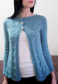 Vinelle: love this pattern and think it would be perfect for a spring cardi.