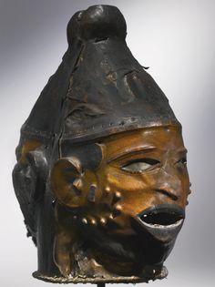 Ejagham Janus Helmet Mask, Cross River Region, Nigeria and Cameroon   lot…