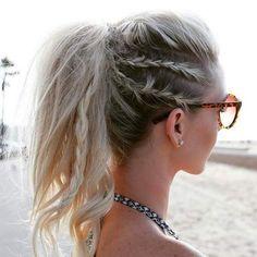 Uno de los problemas más grandes de la playa es el maltrato y la dificultad que hay para cuidar y tratar nuestro pelo. Te mostramos ideas de peinados.