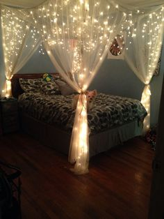 Led string lights decor girls bedroom 16 - Decoration World Cute Bedroom Ideas, Girl Bedroom Designs, Room Ideas Bedroom, Bedroom Decor, Bedroom Bed, Nautical Bedroom, Master Bedroom, Bed Ideas, Tween Girl Bedroom Ideas