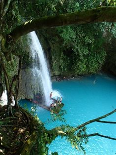 Impressive waterfalls around the world - Kawasan Falls in Cebu in the Philippines