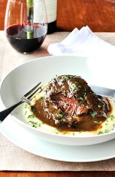 Braised beef in red wine -- Low FODMAP Recipe and Gluten Free Recipe #lowfodmaprecipe #glutenfreerecipe #lowfodmap #glutenfree http://www.ibs-health.com/low_fodmap_braised_beef_red_wine1221.html