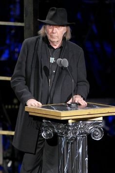 Joni Mitchell and Neil Young Richie Furay, Eric Clapton Guitar, Stephen Stills, Legendary Singers, Moving To Los Angeles, Neil Young, Ringo Starr, Good Music, Amazing Music