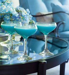"""yes-yolan: """"Cóctel en azul """""""