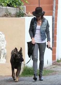 Nikki Reed - Nikki Reed Takes Her Dog for a Walk