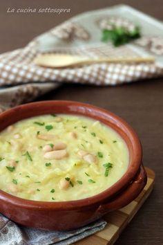 it - COMFORT FOOD. Zuppa di patate, cavolo e fagioli bianchi