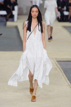 Chloé at Paris Fashion Week Spring 2014 - Runway Photos Foto Fashion, Tomboy Fashion, Runway Fashion, Womens Fashion, Paris Fashion, London Fashion Weeks, Chloe, Estilo Tomboy, Spring Looks