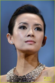 Ziyi Zhang Glams Up the Cannes Film Festival!: Photo Ziyi Zhang is gorgeous in a Carolina Herrera gown at The Bling Ring premiere during the 2013 Cannes Film Festival held at the Palais des Festivals on Thursday (May… Zhang Ziyi, The Bling Ring, Palais Des Festivals, Cannes Film Festival, Asian Beauty, Hair Makeup, Celebs, Bride, Women Lawyer