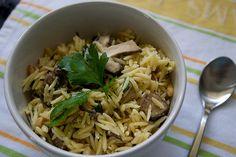 mushroom lemon orzo with pinenuts! by shutterbean, Pasta Recipes, New Recipes, Healthy Recipes, Healthy Food, Healthy Eating, Favorite Recipes, Lemon Orzo, Rice Dishes