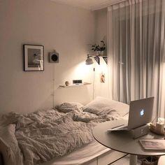 Room Ideas Bedroom, Small Room Bedroom, Bedroom Decor, Bedroom Loft, Appartement Design, Cute Room Decor, Minimalist Room, Aesthetic Room Decor, Cozy Room