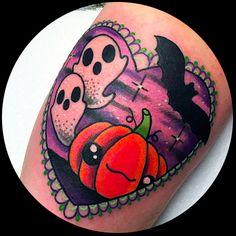 ¿Te gusta Halloween? ¿Adoras lo kawaii? ¿Quieres algo terrorífico pero entrañable? Descubre los 25 tatuajes de halloween kawaii más lindos, cute y adorables