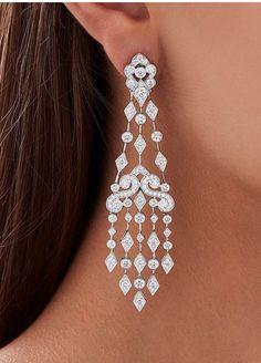 Hanging Earrings, Chandelier Earrings, Latest Gold Ring Designs, Antique Jewelry, Vintage Jewelry, Swarovski Jewelry, Fashion Earrings, Wedding Jewelry, Diamond Earrings